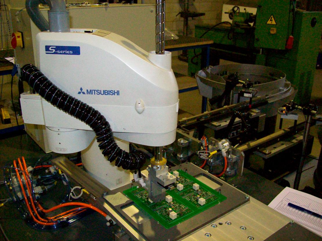 Ensamblaje automático pcb - electrónico - Automach Ingeniería