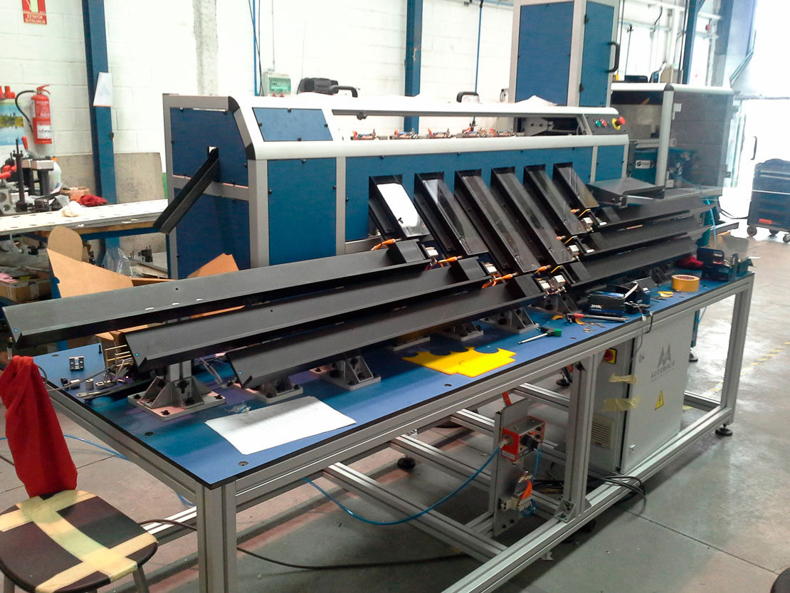 Instalación envarilladora - Cerrajería - Automach Ingeniería