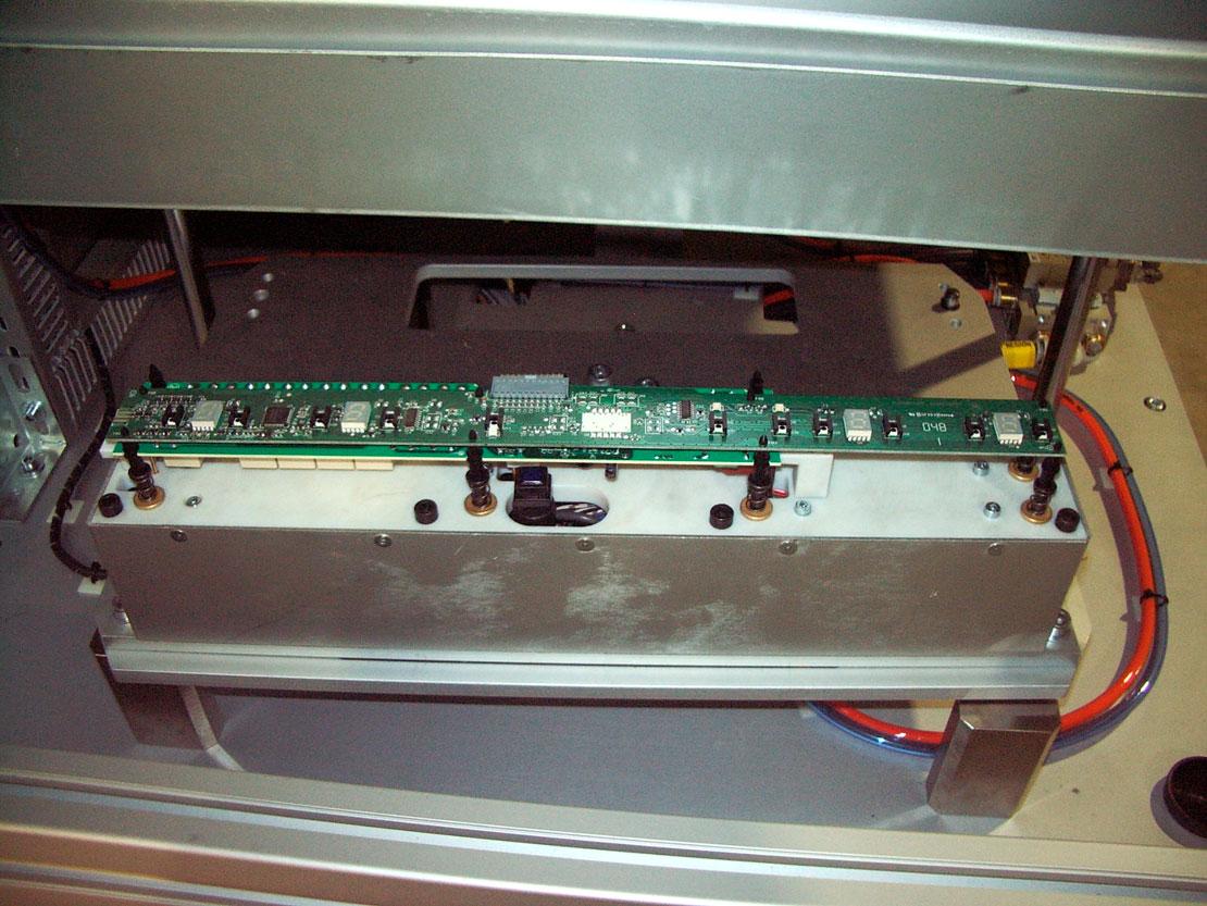 Banco de prueba thouch inducción - electrónico - electrodoméstico - Automach Ingeniería