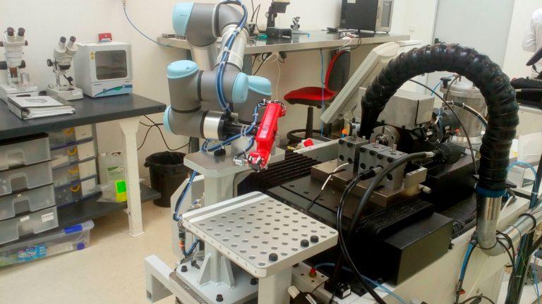 alimentación a torno médico - Farmacéutico - Automach Ingeniería
